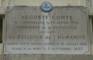 maison-dauguste-comte-plaque-facade-630x405-dr